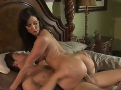 Kendra Lust is a MILF rocking a surprisingly tight and round bubble booty u will definitely love. Come see Kendra shaking her stuff on top of her lovers dick!