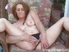 Sensual Cristine Ruby loves teasing her warm slot