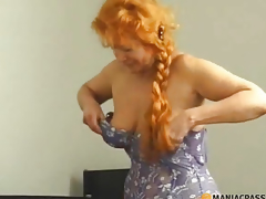Woman with long hair sucks dick