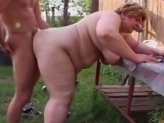 Fat granny engulfing young bushwa to farm