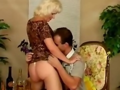 Older bitch Kate acquires fucked almost many positions after giving a blowjob